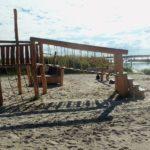 Der Kinderspielplatz am Wiecker Hafen ist klein, aber fein